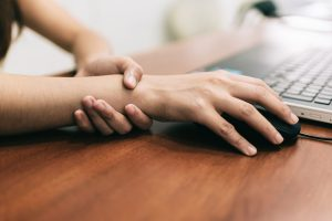 carpal tunnel symptoms and treatment